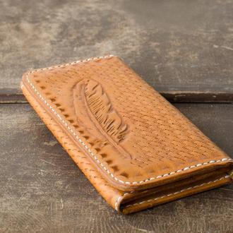 Жіночий гаманець з тисненням