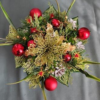 Новогодняя икэбана (украшение на стол).