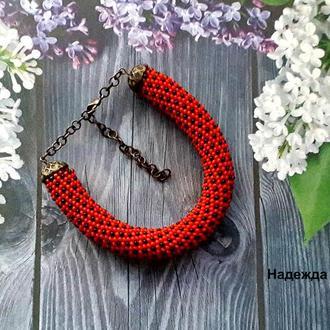 Авторское украшение на руку из бисера жгут-браслет Red and Black