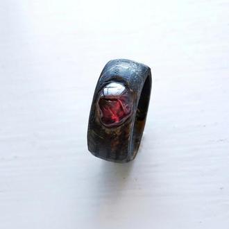 Перстень з Гранатом - красный камень - кольцо унисекс