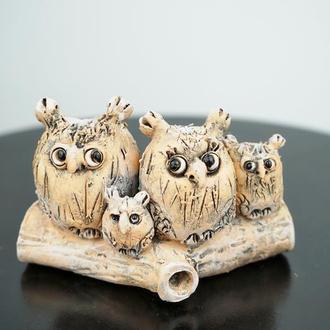 Сім'я Сов Статуетку сови на колоді