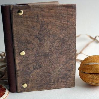 Ежедневник в обложке из натурального дерева