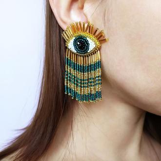Золотисто-зелёные серьги глаза. Серьги бахрома из бисера.