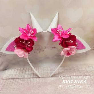 Ушки козочки с розовыми цветами на утренник или фотосессию