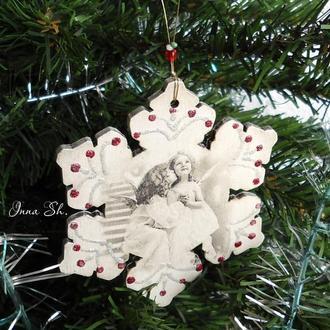 Новогодняя подвеска  на ёлку «Снежинка».