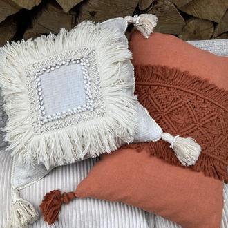 Декоративная интерьерная подушка цвета Айвори