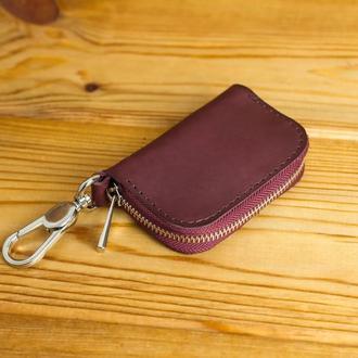 Кожаный чехол для автоключа ОТТИСК МАРКИ ВАШЕГО АВТО В ПОДАРОК, кожа итальянский краст, цвет бордо