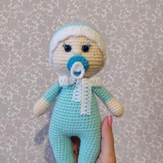 Кукла пупс Малыш с соской вязаный