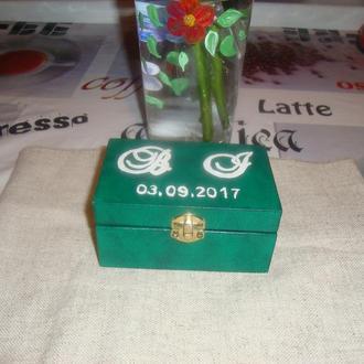 шкатулка для весільних кілець