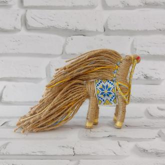 Кукла мотанка из джута конь, мужской оберег