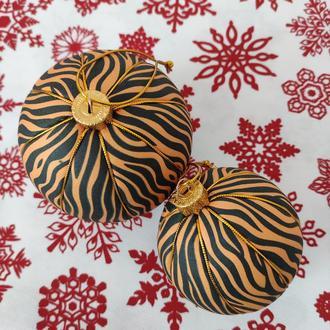 Новорічні кульки Символ 2022 року Тигр діаметром 8 і 10 см