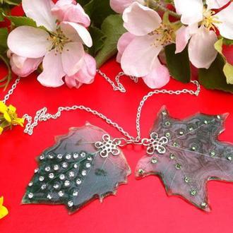 Скелетированный лист с кристаллами сваровского, яркая подвеска