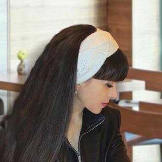 Вязаная повязка на голову - Белая нежность