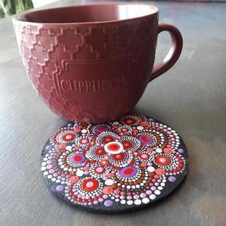 Подставка под чашку с росписью ′Точка, точка, запятая…′