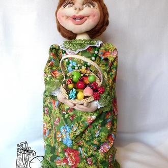 Кукла-грелка на чайник-прес.