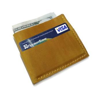 Желтый кожаный маленький карманный кошелек визитница картхолдер