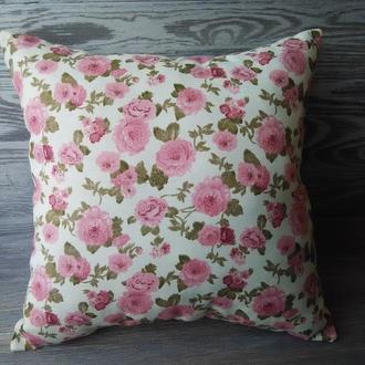 Подушка диванная розовые розы