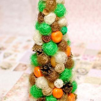 Декоративная новогодняя елка из сизаля