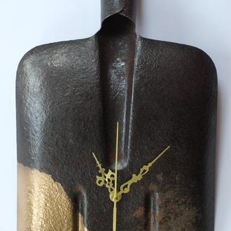Часы настенные «Лопата», арт. «022М».