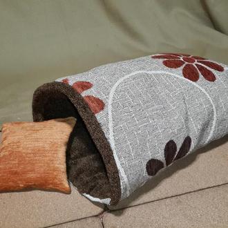 Домик (спальное место) для небольшой собаки, кота или кролика