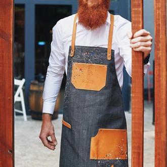 Джинсовый фартук с кожаными элементами ручной работы