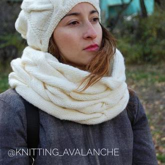 Комплект новая теплая шапка + снуд (косы)