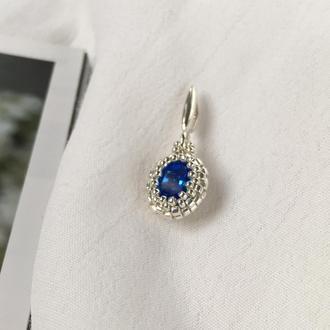 Сапфировый маленький серебряный кулон с кристаллом Swarovski и ювелирным бисером