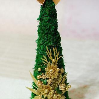 Новогодняя елка-топиарий из мха - подарок на Новый Год