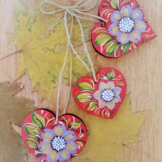 Подвеска - декор три сердца с петриковской росписью Цветы