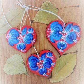 Подвеска - декор три сердца с петриковской росписью Холодок