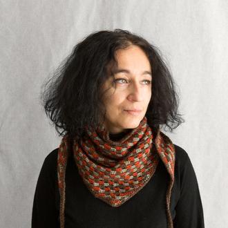 Шерстяной вязаный разноцветны шарф, шаль