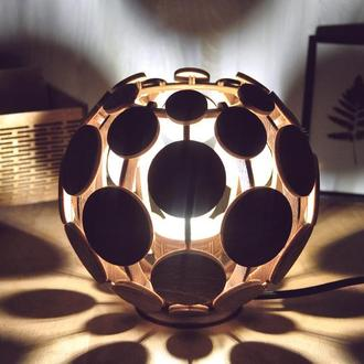 """Светильник из дерева """"SPACE"""". Необычный декор. Ночник для спальни. Освещение для дома."""