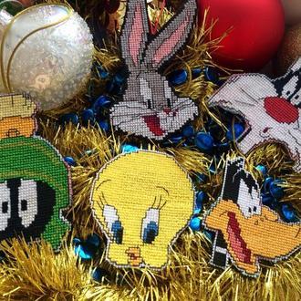 Новогодние игрушки Looney Tunes