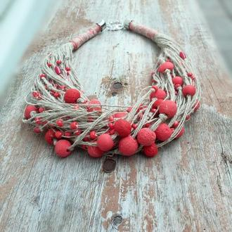 Эко- колье из льняной нити и красных бусин
