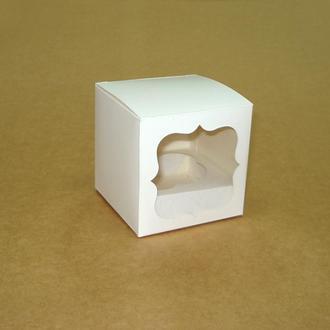Коробка с окошком 85х85х85 мм.