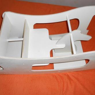 Лошадка-качалка,стул для кормления,парта   3 в1