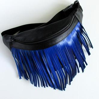 Поясная сумка с синей бахромой ,бананка из натуральной кожи
