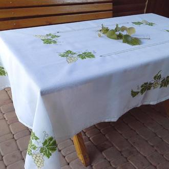 Вышитая скатерть с салфетками Виноградная лоза с цветной мережкой