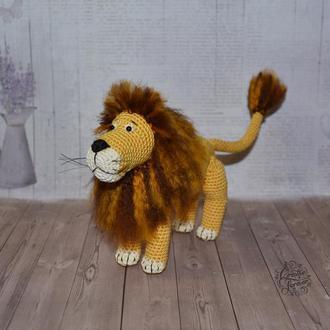 Лев, вязаная игрушка амигуруми