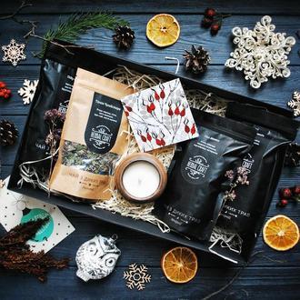 Подарунковий набір (чай з трав і свічка)