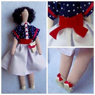 Текстильная кукла Оля