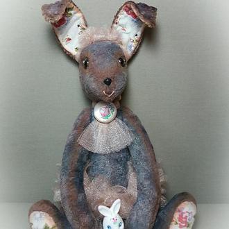 Нежная зайка Беби Роуз  с маленьким игрушечным зайчонком