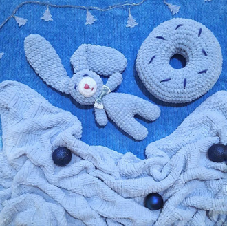 Плюшевый пледик+подушка-игрушка + зайка-сплюшка