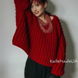 Тёплый комфортный свитер большого размера.