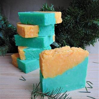 """Мыло натуральное """"Новогоднее"""" с ароматом елки и мандарина 100 гр"""