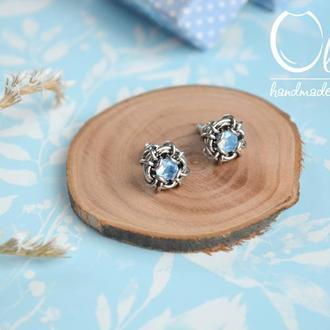 Серьги гвоздики с кристаллами  Лунные