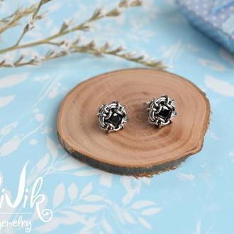 Серьги гвоздики с кристаллами ( черные )
