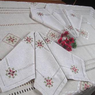 Льняная скатерть с салфетками с вышивкой шелком и мережками Марсала