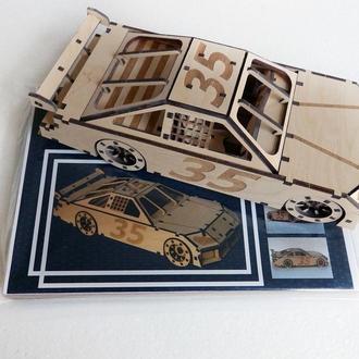 Модель гоночного автомобиля NasCar