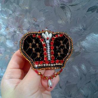 Брошь царская корона из бисера